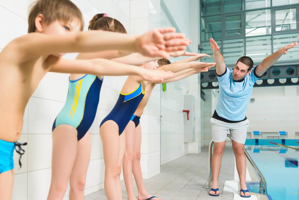 Schwimmkurs Kinder Schwimmlehrer